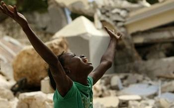 Ajudando aos mais carentes em meio a catastrofe